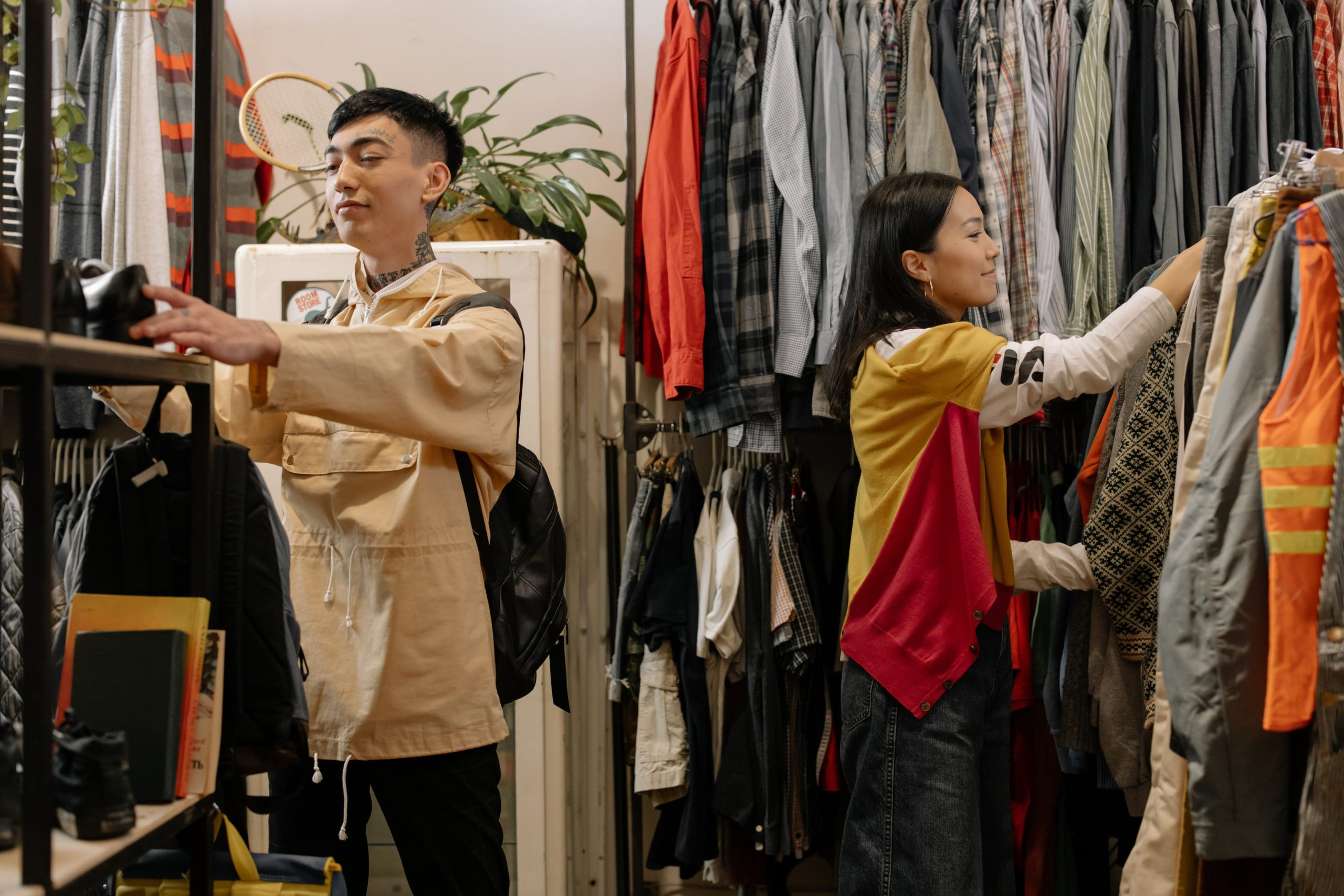 WHY YOU SHOULD RECYCLE YOUR CLOTHES INSTEAD OF BINNING THEM